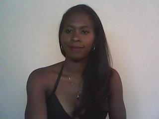sisikiss7  webcam sex