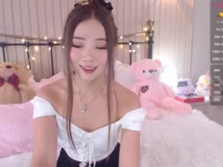 juliabeng1 broadcast cum shows featuring this hottie shamelessly getting an incredible orgasm