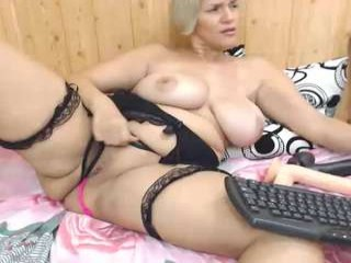 jenniferloveyou takes off her sexy, skimpy and revealing bra to fuck her holes with massive toys