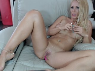 amysuperheroe  webcam sex