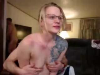 shakeyjake13  webcam sex