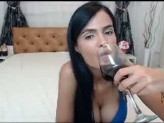 serenaandbrad4u  webcam sex