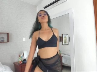 evelyntucker  webcam sex