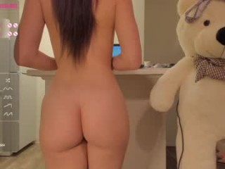 007movie fucks her holes with several toys, sometimes she fucks them with different toys, all at once