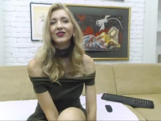 ladyleea  webcam sex