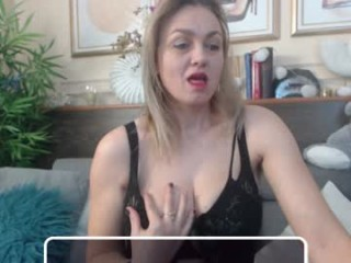 ladyjeen broadcast squirting sessions with a heavy degree of amazingly hot anal paly
