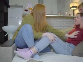 _littlesweetgirl_  webcam sex