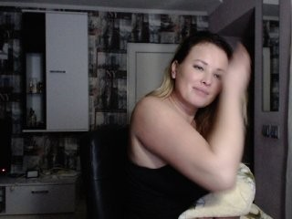 mmmmirynammm broadcast cum shows featuring this hottie shamelessly getting an incredible orgasm