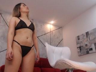 hollywhite  webcam sex