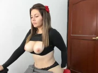 xhxoxtxsxex broadcast cum shows featuring this hottie shamelessly getting an incredible orgasm