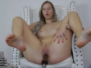 hayleex broadcast fucking sessions with some of the dirtiest people and some of the biggest toys ever
