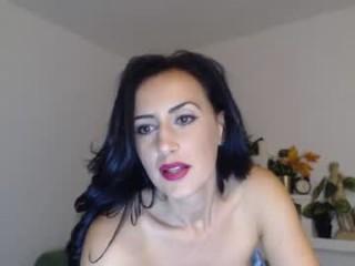 giuliacome2u  webcam sex