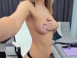 aprillchasse1  webcam sex