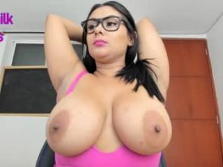 carla_loverss  webcam sex