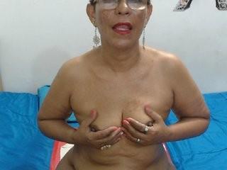 lilyhung50  webcam sex