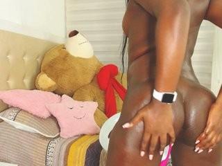 vivicooper  webcam sex