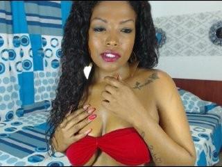 k4mila  webcam sex